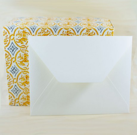 208E Medioevalis Envelopes Cream