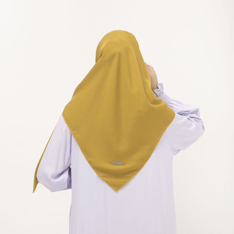 Asyiah Scarf / Antique Gold