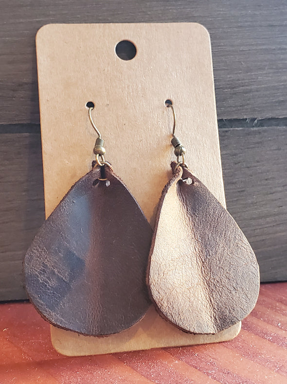 VRB Brown tear drop leather earrings