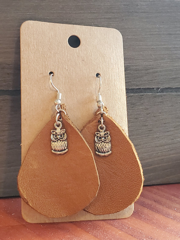 VRB Silver Owl Brown tear drop leather earrings