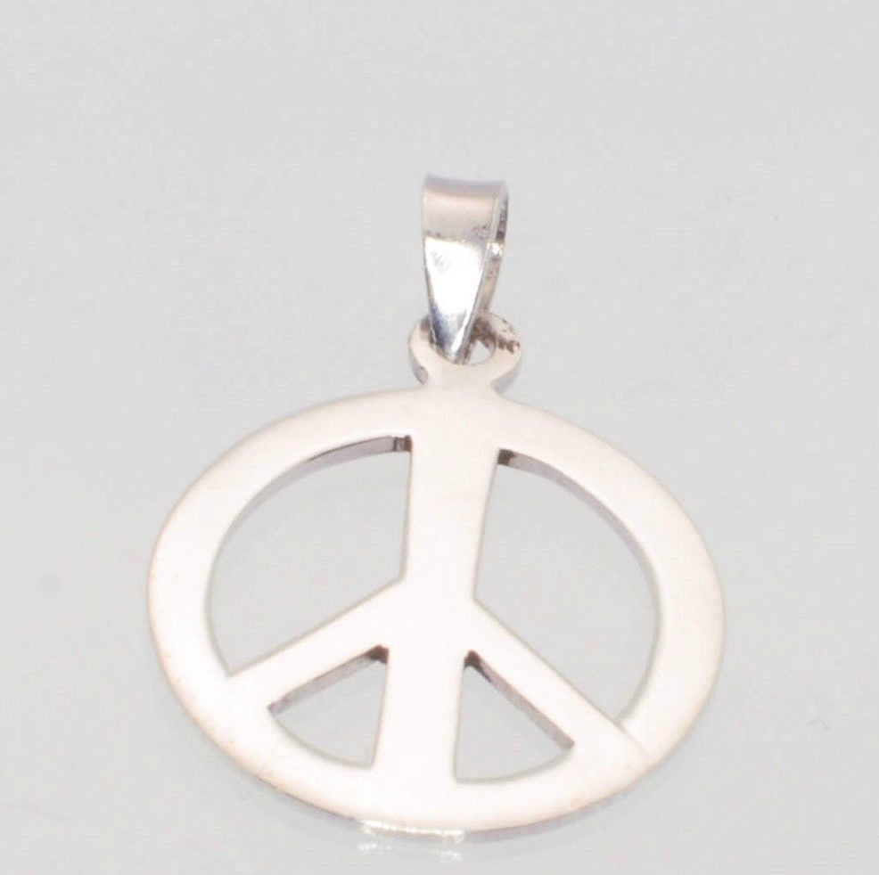 925 sterling silver peace sign symbol pendant 29mm jewelryland 925 sterling silver peace sign symbol pendant 29mm buycottarizona Gallery