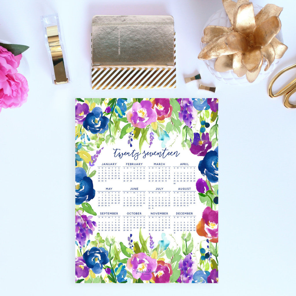 2017 at a glance Calendar in the Purple Flowers design