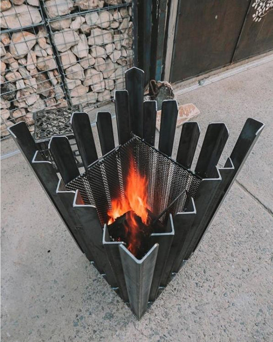 Custom Fire Pit Design and Installation: A Guide