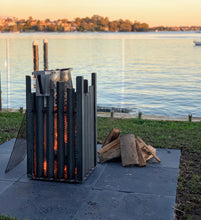 Load image into Gallery viewer, Putney Fire Pit