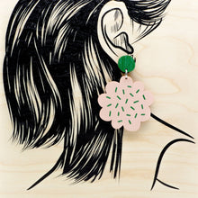 Load image into Gallery viewer, PIPAR earrings, pink - green