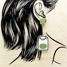 Load image into Gallery viewer, TEETAUKO earrings, black tea