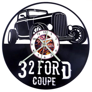 Ford Coupe 1932 Clock