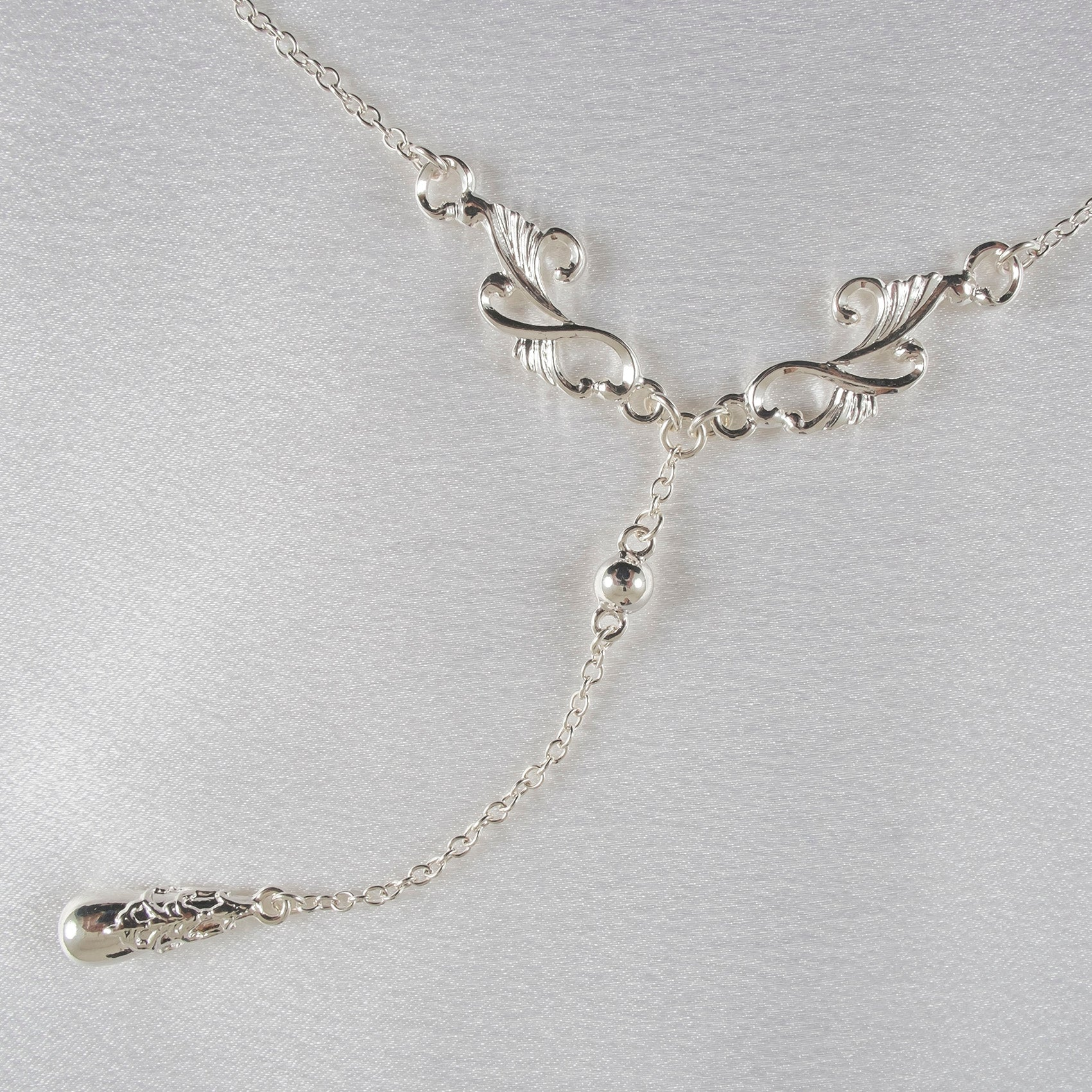 Silver Ornate Teardrop Pendant Waist Chain