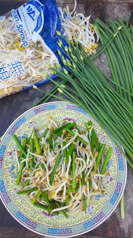 Stir Fry Garlic Chives Flower with Bean Sprouts