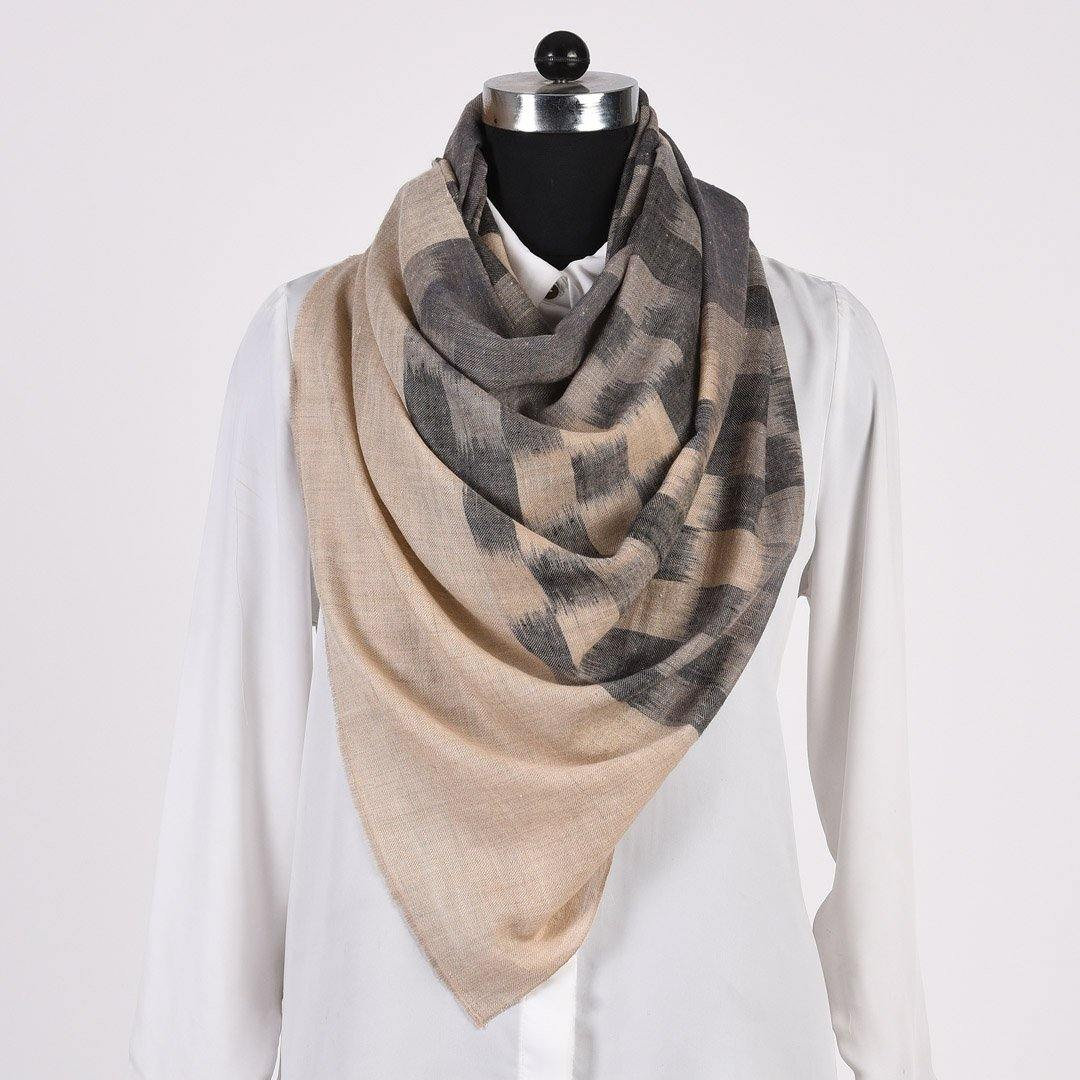 Grey Checkered Pure Handwoven Pashmina Stole