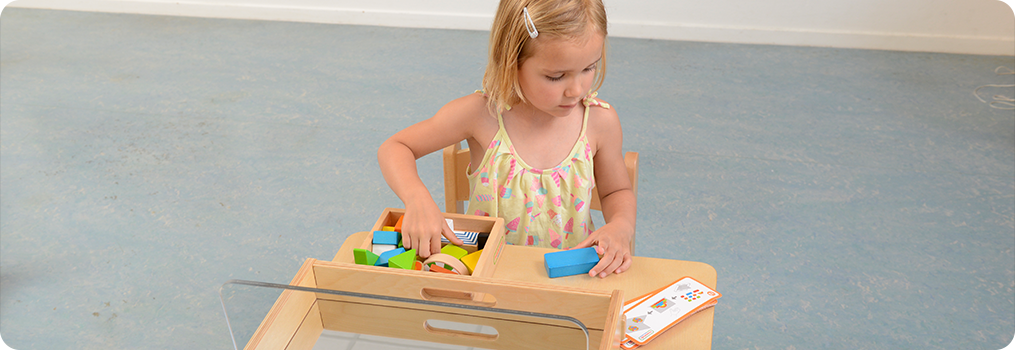 A set of coloured wooden blocks in assorted shapes and sizes for use with the Sensory Mirror Tray. A great way for children to develop their construction and sensory activities. Made from European Beech wood (FSC). The sensory blocks are supplied in cloth storage pouch.