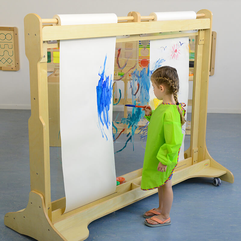 Giant Free-standing Painting Wall