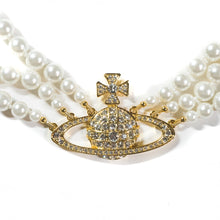 Load image into Gallery viewer, Vivienne Westwood Triple Pearl Choker