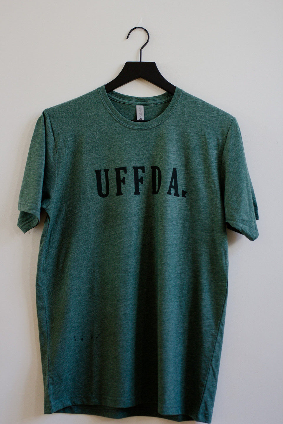 """Uffda""- t-shirt (green)"