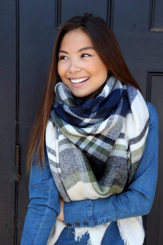 Cream & Navy Blanket Scarf