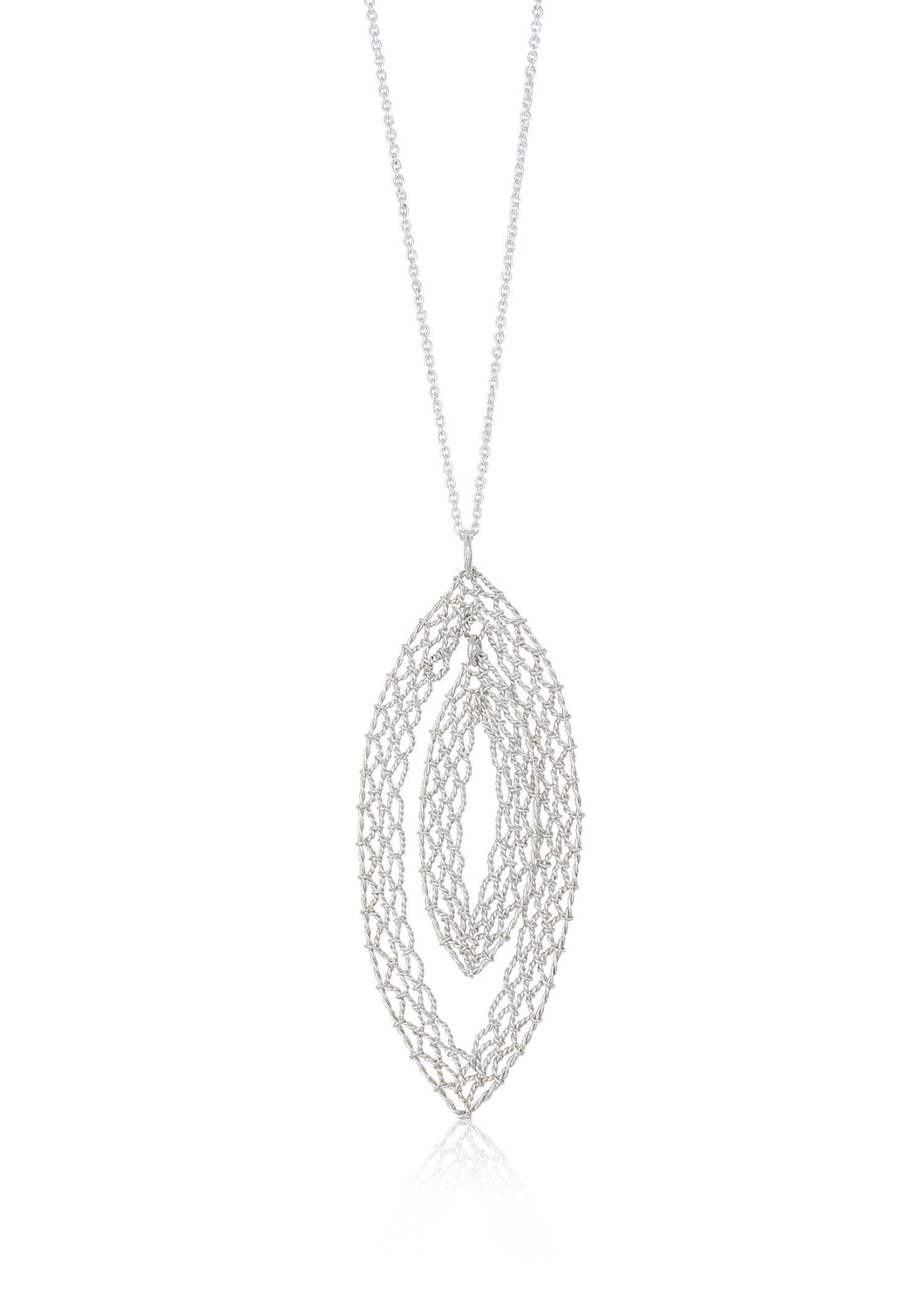 Yu Fang Chi - Pointed oval pendant