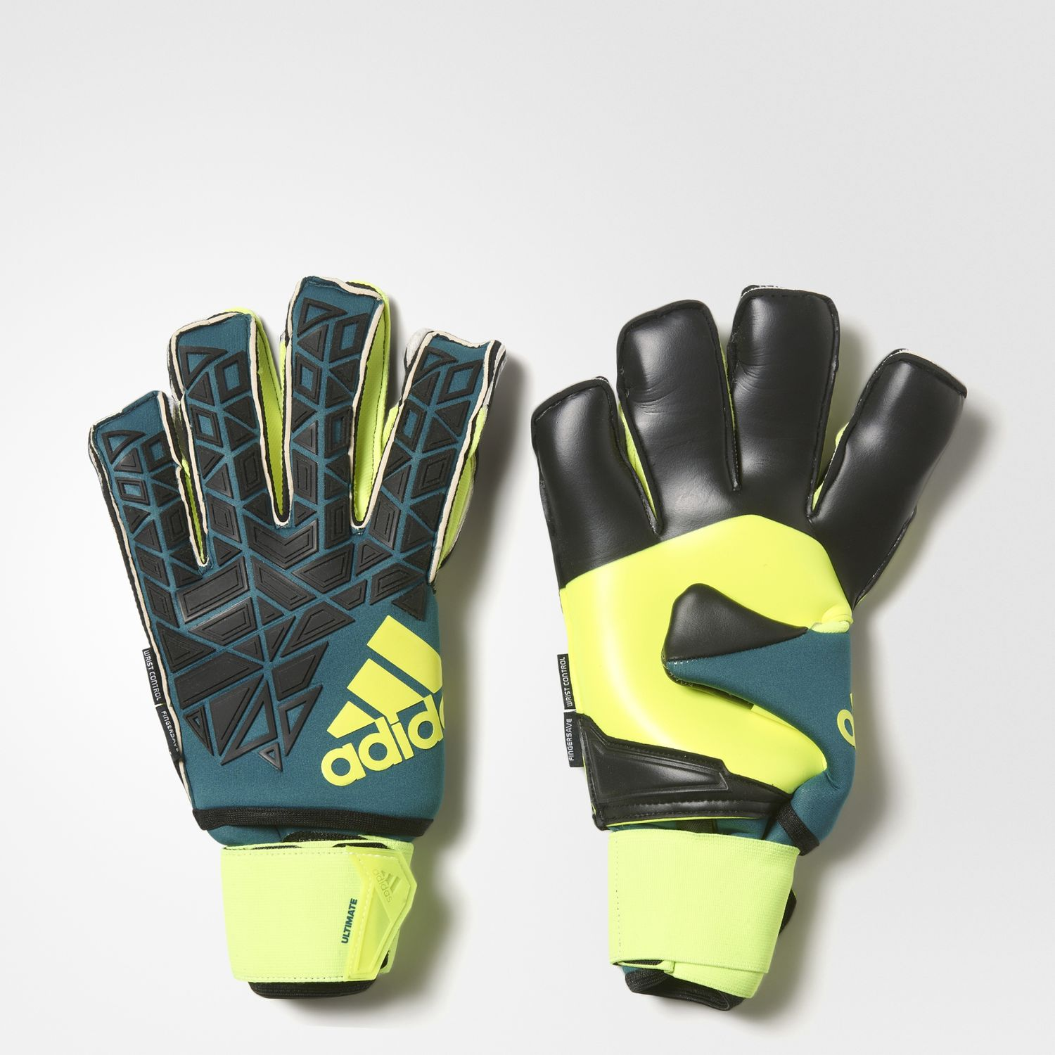 ACE Trans Ultimate Fingersave Goalkeeper Glove