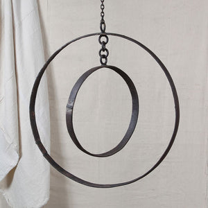 GRAND RING MOBILE W/CHAIN 24""