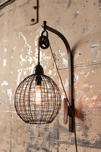 WIRE WALL SCONCE W/PULLEY