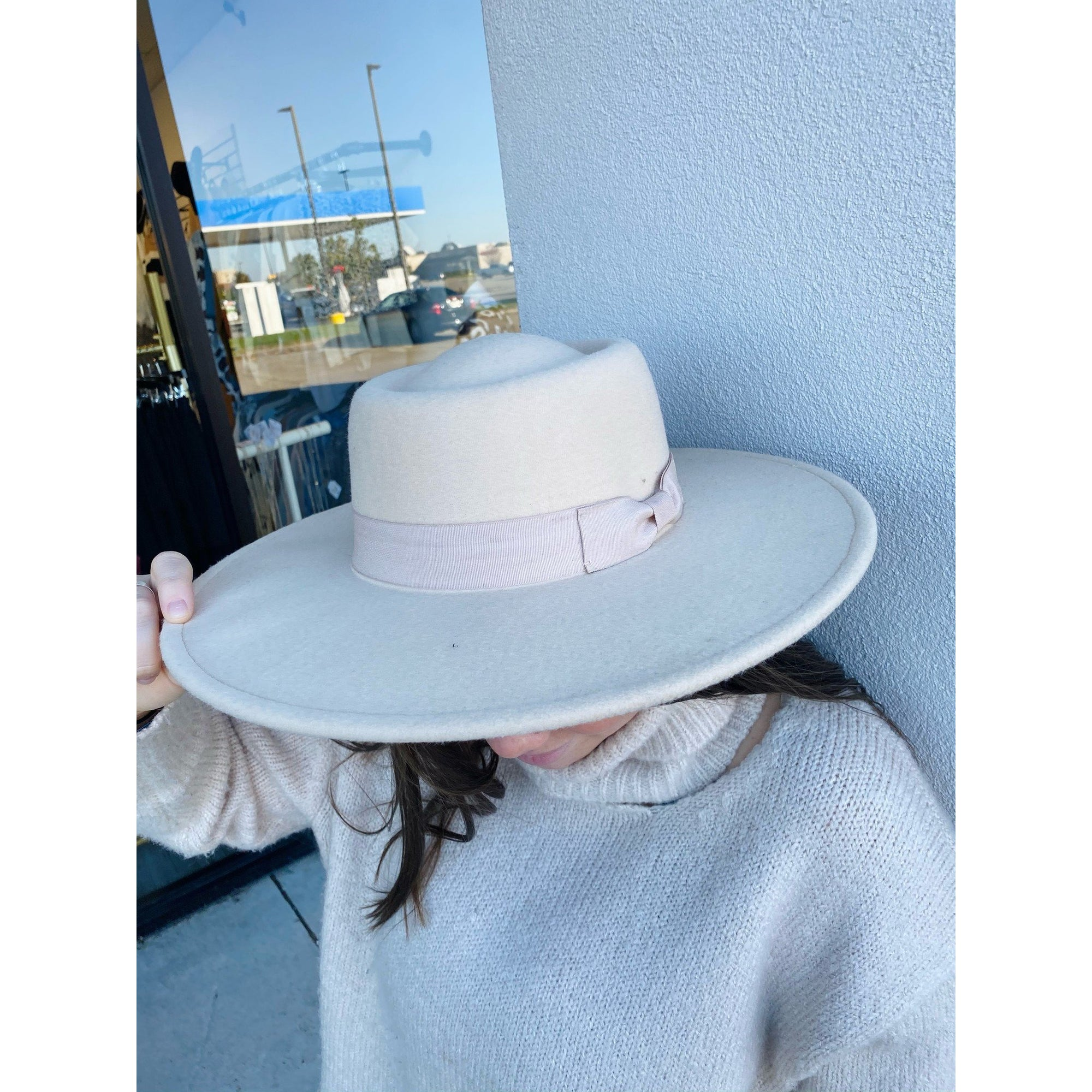 Wide Brim Hat 3174