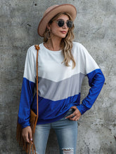 Load image into Gallery viewer, 2020 new European and American cross border T-shirt eBay women's popular fashion splicing printing three color women's top long sleeve T-shirt