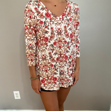 Load image into Gallery viewer, Beige & Roses Stretchy Top