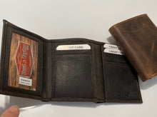 Load image into Gallery viewer, Buffalo Tri Fold Wallet 54359