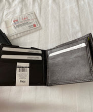 Load image into Gallery viewer, Leather RFID London Stitch Wallet 51405