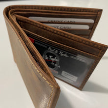 Load image into Gallery viewer, Buffalo Hunter Bi Fold Wallet 54360