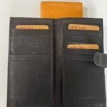 Load image into Gallery viewer, Leather Card Case C83