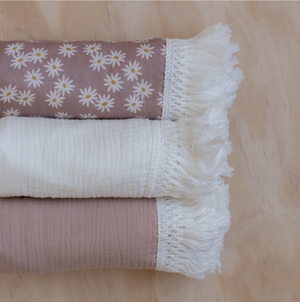 Fringe Swaddle | Dusty Rose
