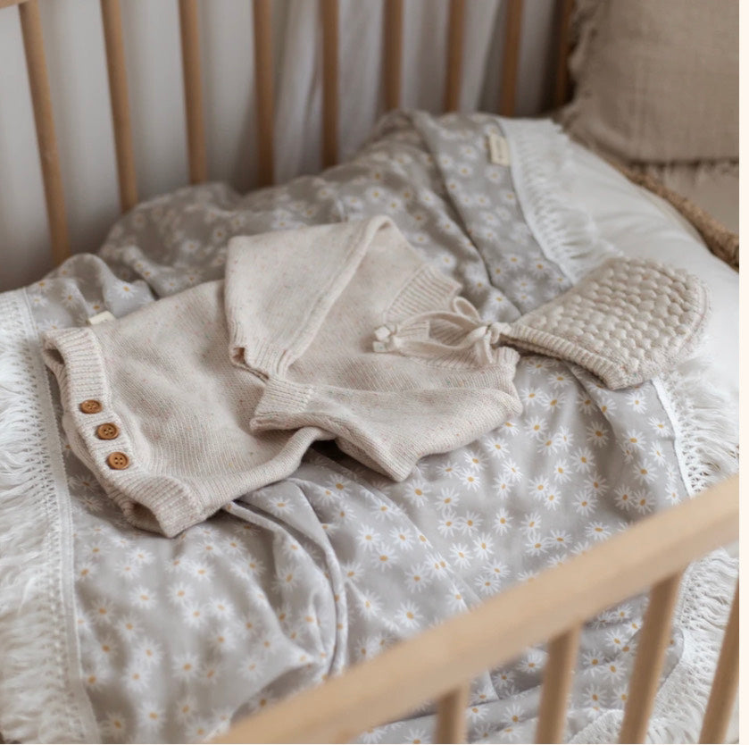 Fringe Swaddle | mini daisy (sage)