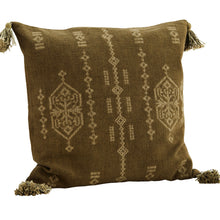 Charger l'image dans la galerie, COUSSIN EMBROIDERED CUSHION COVER W/ TASSELS DECORATION