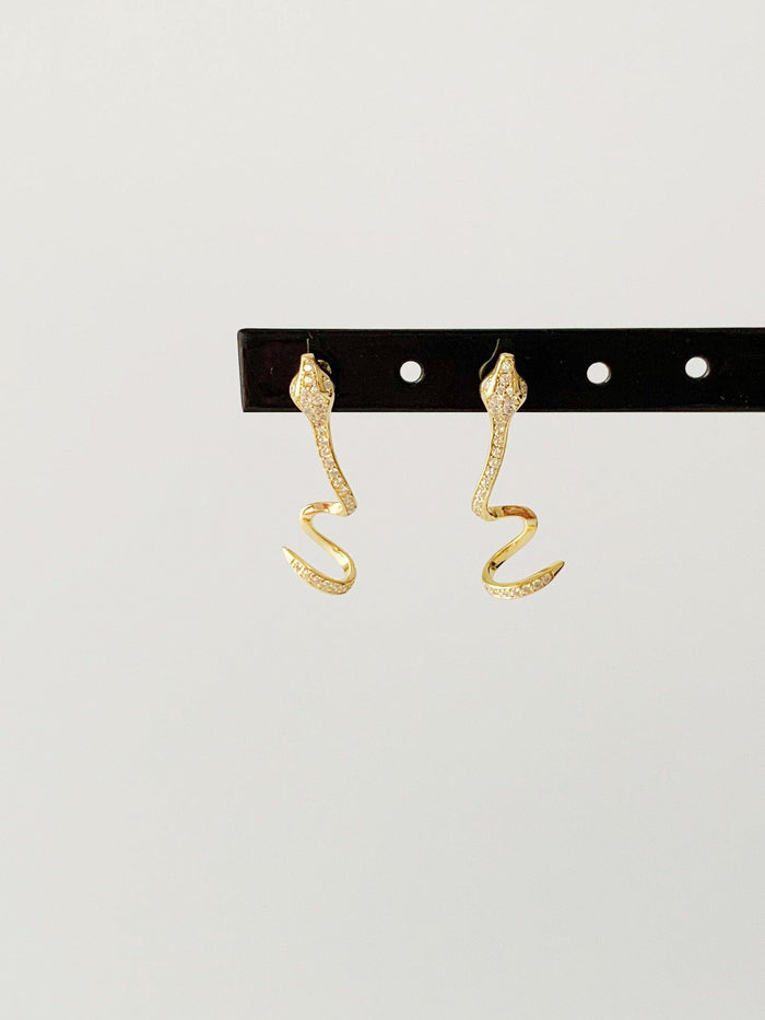 Averil Gold Earrings - Amillis