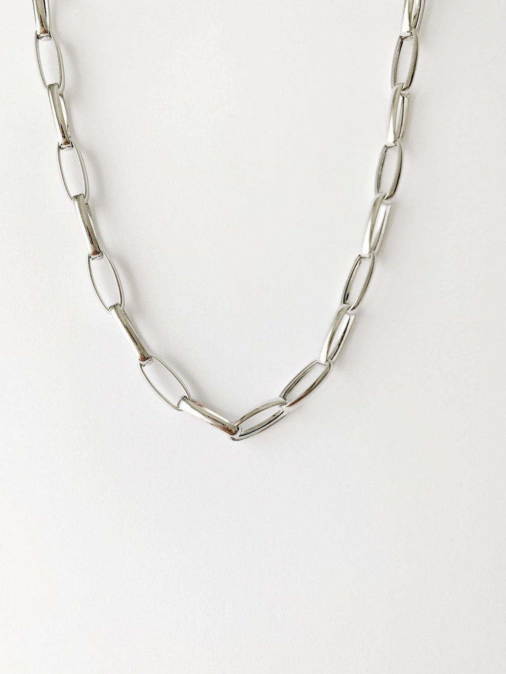 Carla Silver Necklace - Amillis