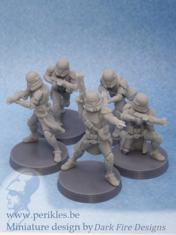 Airborne Squad (5x 35mm wargaming miniatures)