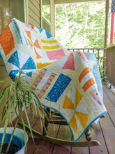 Load image into Gallery viewer, Handmade quilt _ BEACH DAY