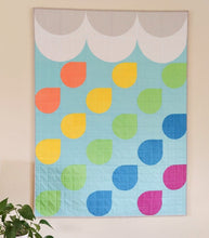 Load image into Gallery viewer, Handmade quilt _ RAINBOW SHOWER