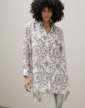 Load image into Gallery viewer, PRINTED SILK SHIRT