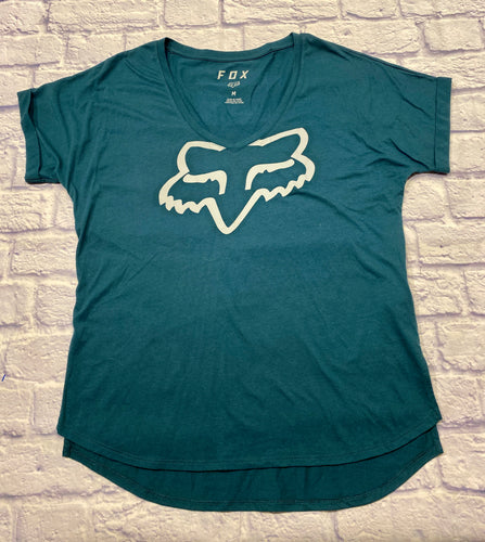 Fox brand active t-shirt in pretty green with v neckline and logo in cream on the front.  Very soft!
