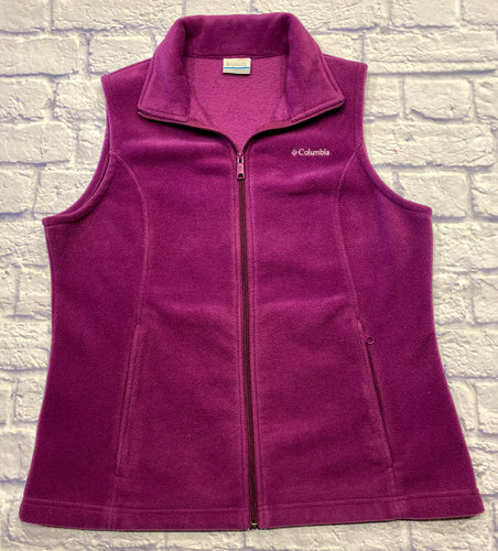 Colombia fuchsia fleece vest with full zip and two side pockets.  Like new condition.