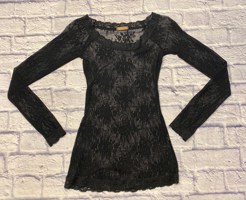 Forever 21 black lace top with long sleeves and scalloped neckline, sleeves, and waist hem.  Pretty, sheer lace with floral design.