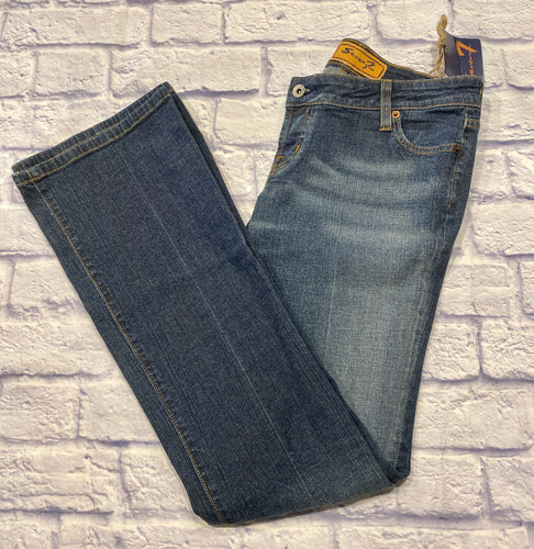 Seven7 super low stretch denim in medium wash.  Slight fade through thighs.  Bootcut.  New with tags.