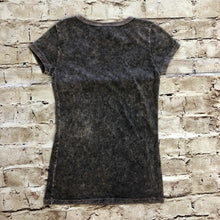 Load image into Gallery viewer, New Buckle Short Sleeved T-Shirt