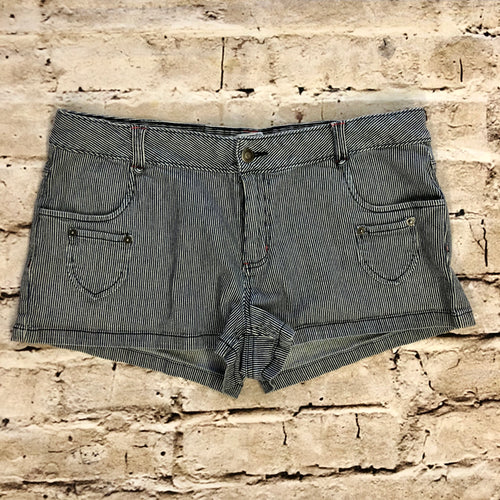 Piper+Blue railroad striped short shorts with real and decorative front pockets.