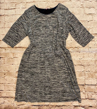 Load image into Gallery viewer, Woman Within grey heathered 3/4 sleeve dress with front pockets.