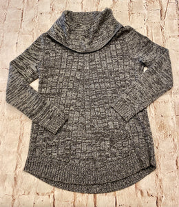 Cupio heathered grey sweater with cowl neck and front pocket detail.  Very soft.