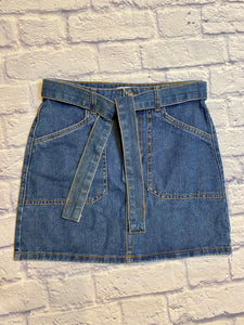 Forever 21 medium wash deni mini skirt with built in denim tie belt.  Zip and button closure in front with two front and back pockets.  NWOT.