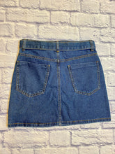 Load image into Gallery viewer, Forever 21 Denim Mini Skirt
