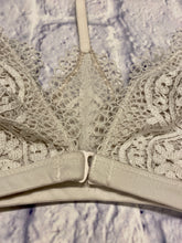 Load image into Gallery viewer, Victoria's Secret Lace Bralette